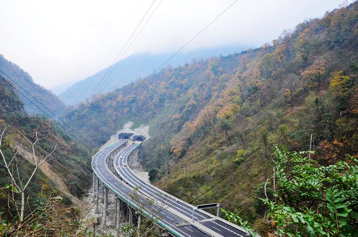 四川雅安经石棉至泸沽段高速公路土建工程C18标项目