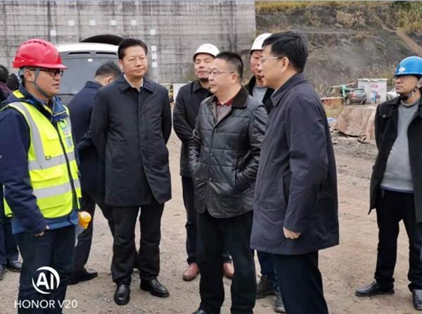 重庆市涪陵区区委书记周少政检查梓白高速开工情况